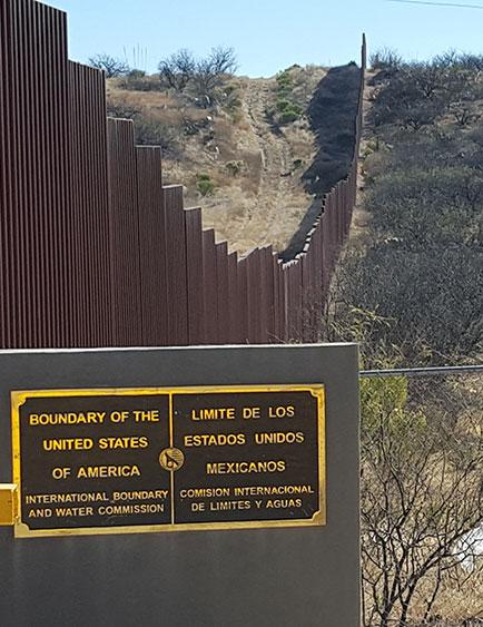 us_mex_fence